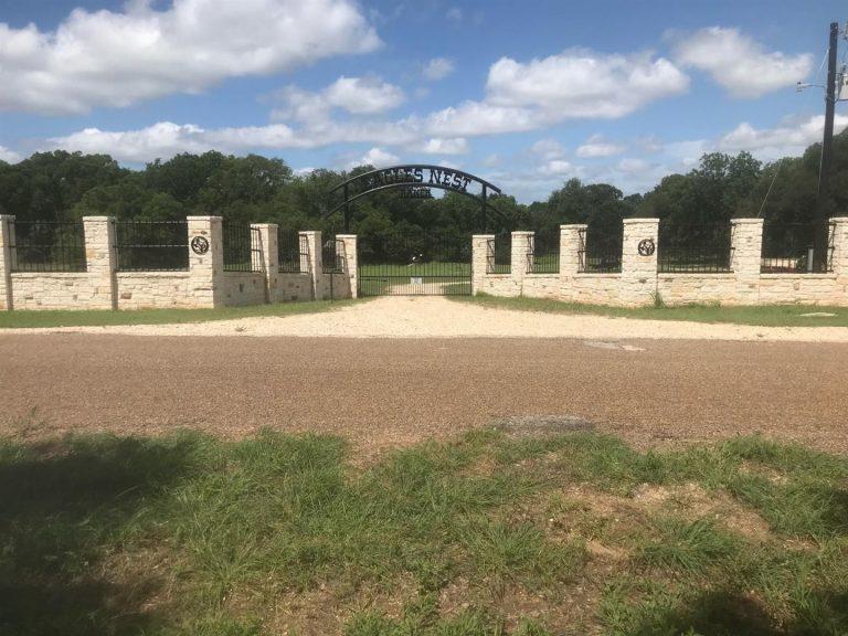 Eagle-Nest-Ranch-Entry-Gate